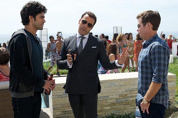 """Adrian Grenier, Jeremy Piven y Kevin Connolly en una escena de """"Entourage"""" (2015)."""